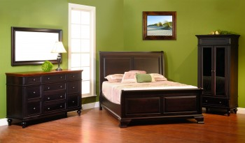 Walton Hills Bedroom Collection
