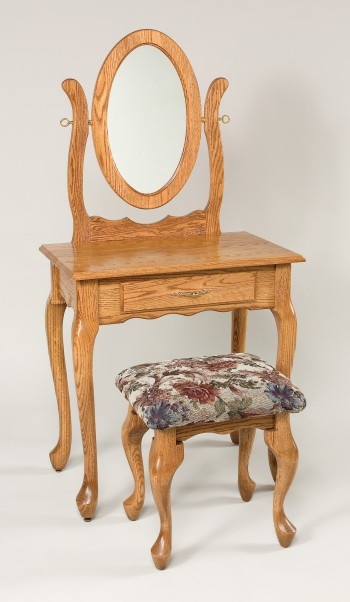 Queen Anne Stool - ID: 835