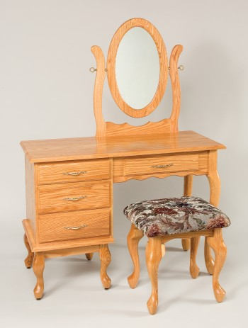 Queen Anne Dressing Table