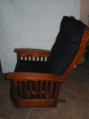 Amish Upholstered Oak Glider - ID: 515